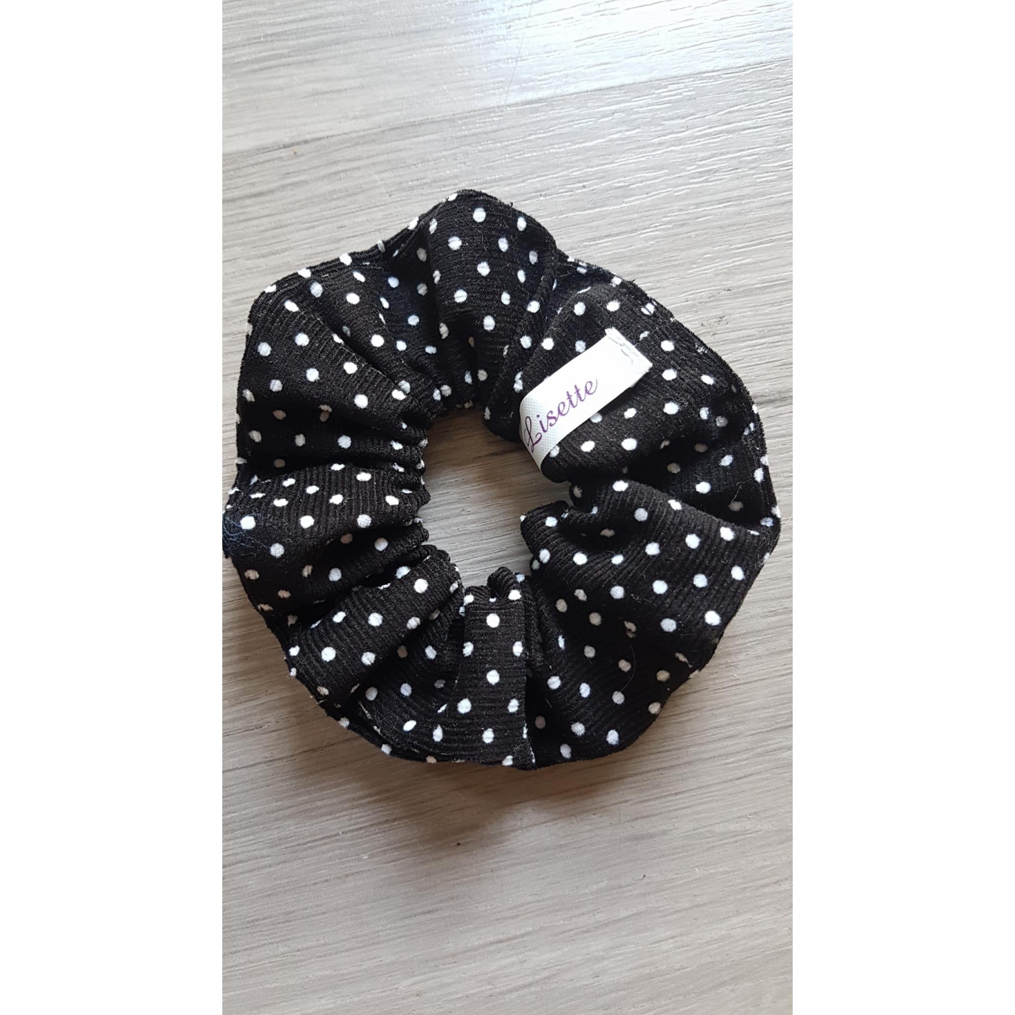 Scrunchie black-white dots